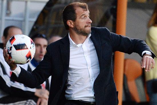 Скрипченко назначен напост основного тренера «Анжи»